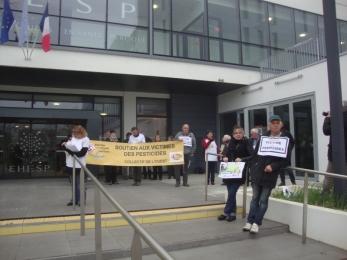 14 mars 2017 - manifestation devant l\'EHESP