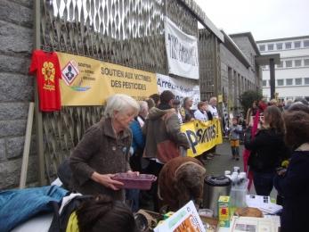20 décembre 2017 - Lorient : Soutien aux faucheurs volontaires