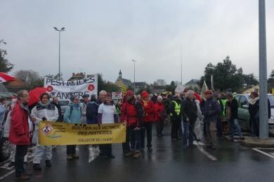 7 dec 2019 - MONTREUIL BELLAY (49) : manifestation devant PHYTEUROP
